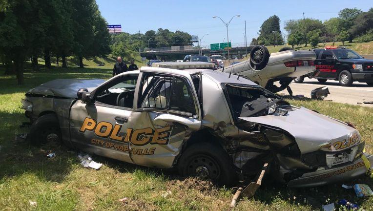 Hapeville police officer injured in car wreck on I-85